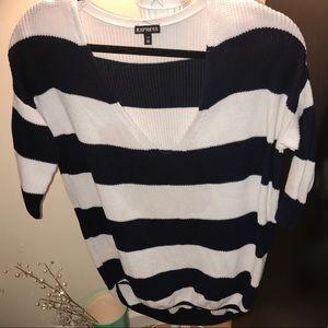{express} oversized sweater 🖤